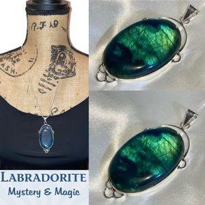 Magic Glowing Emerald Labradorite Handmade Pendant